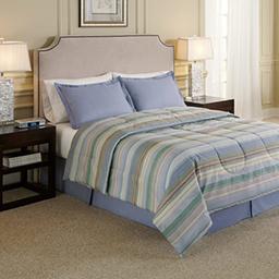 Hotel Comforter